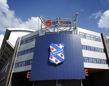 Bildnummer: 04197980  Datum: 15.08.2008  Copyright: imago/Reporters Abe Lenstra Stadion - Heimspielstätte des SC Heerenveen - PUBLICATIONxINxGERxAUTxHUNxONLY; Aufmacher Vdig quer, Stadion, Fußballstadion, außen, Außenansicht Eredivisie 2008/2009, Ehrendivision, 1. Liga, SC Heerenveen Fußball Herren Mannschaft Holland Totale Randmotiv Sportstätte  Image number 04197980 date 15 08 2008 Copyright imago Reporters Abe Lenstra Stadium Home venue the SC Heerenveen PUBLICATIONxINxGERxAUTxHUNxONLY Highlight Vdig horizontal Stadium Football stadium exterior exterior view Eredivisie 2008 2009 Honorary Division 1 League SC Heerenveen Football men Team Holland long shot Rand motive venues