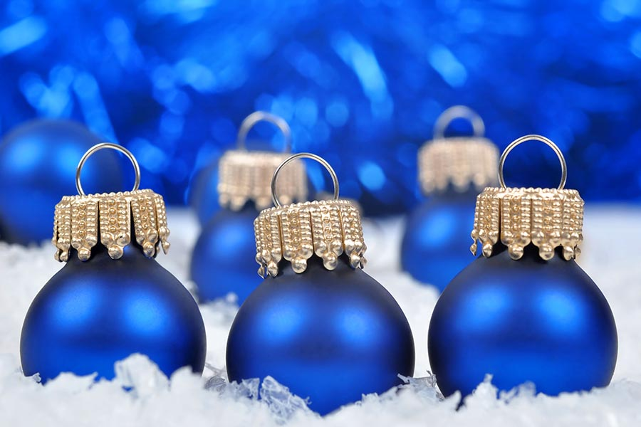 22562770 - blue christmas decorations